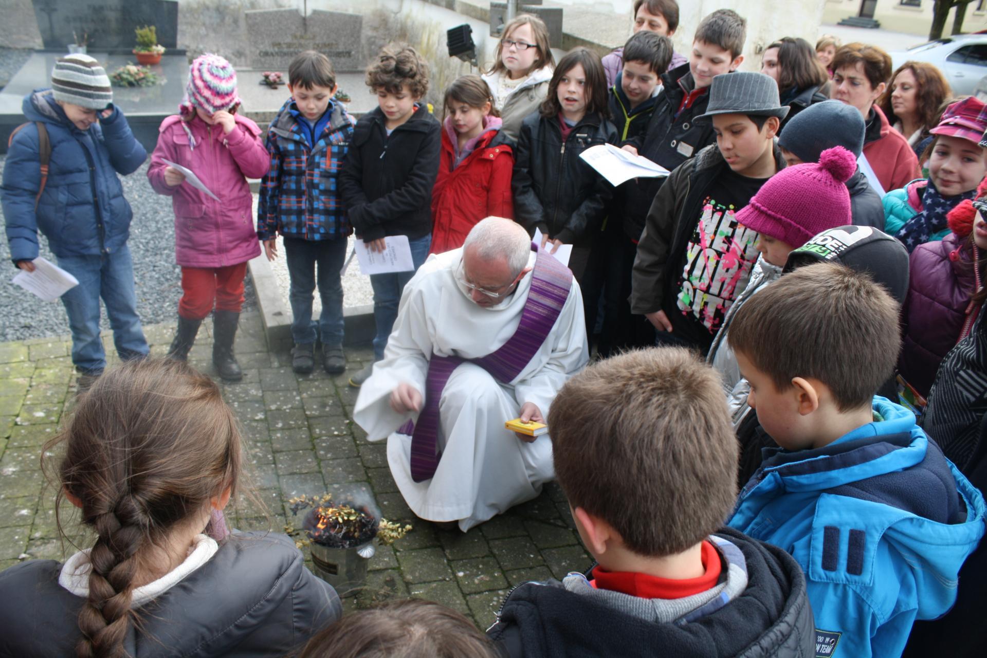 Mercredi des cendres avec les enfants du Caillou Blanc