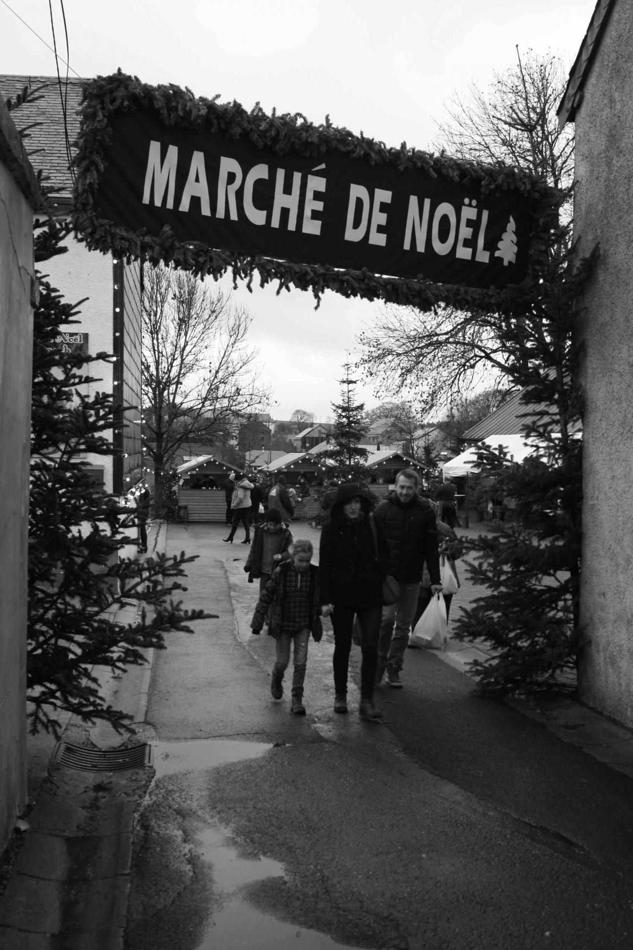 Marche noel nb