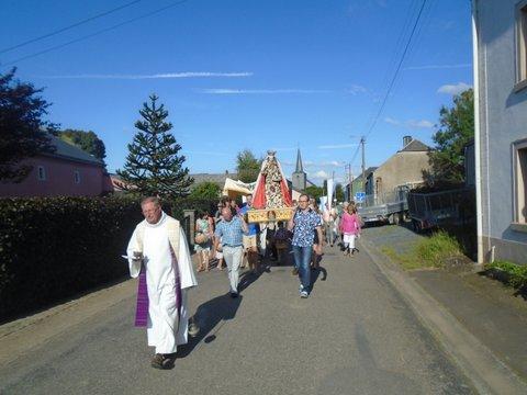 Procession warnach